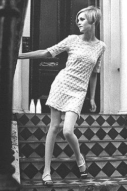 twiggy-1966.jpg